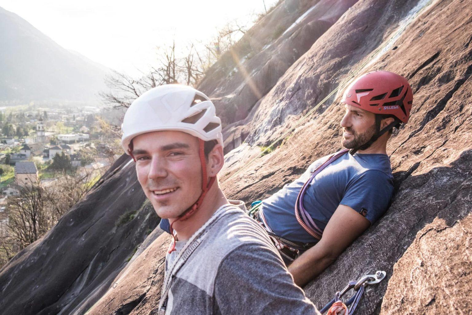 Sportklettern im Tessin – zwei geeigneten Klettergebiete für Outdoor-Einsteiger im Süden der Schweiz